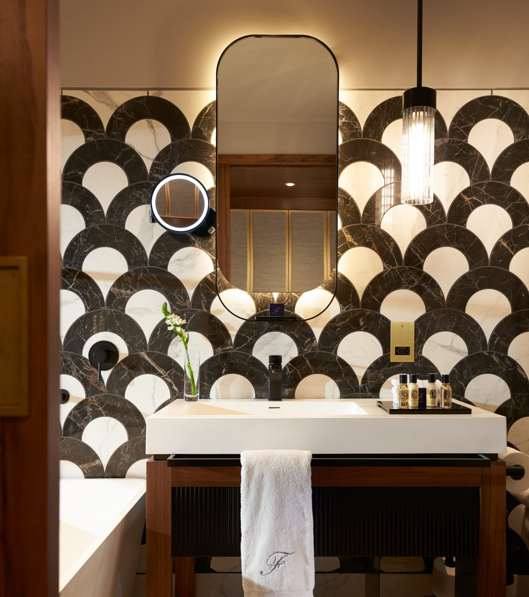 Bathroom 1 4500px
