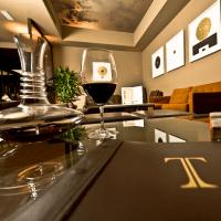 Thornton's Lounge